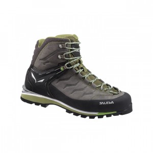 photo: Salewa Rapace GTX mountaineering boot