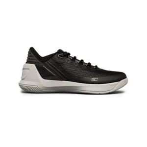 Boys' Grade School UA Curry 3 Low Basketball Shoes