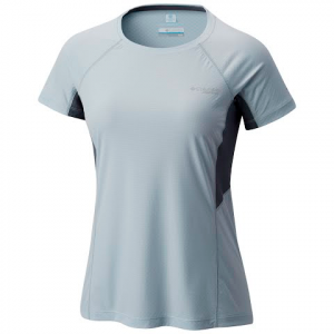 Columbia Women ' S Titan Ultra Short Sleeve Shirt - Cirrus Grey