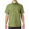 Mountain Hardwear Men ' S Conness Lakes Short Sleeve Shirt - Field Wave Print
