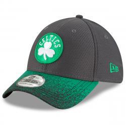 Boston Celtics Men's Visor Blur 2 39Thirty Fitted Cap - Green, S/M