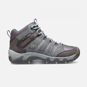 This all-purpose hiking boot cushions and stabilizes the foot, and the rugged tread adds traction. A waterproof membrane and mesh lining keep your feet dry while letting them breathe. | Keen Women\\'s Waterproof Hiking Boots Oakridge Mid, 5.5, Gray/Shark.
