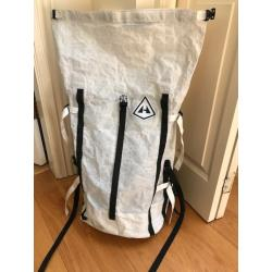 Hyperlite Mountain Gear 2400 Porter waterproof backpack, medium