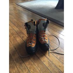 Asolo Ganesh GV Mountaineering Boots