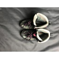 Women's Scarpa Gore-Tex Waterproof Mountaineering Hiking Boots Size 8