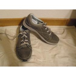 Ahnu Taraval WP Walking Shoes