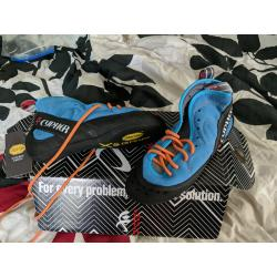 New Cypher Sentinel Trad Climbing Shoes size 36 Men's 4.5 Women's 6