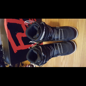 2016 Deeluxe ID 6.1 boots size 10.5 USM