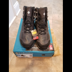 NEW Columbia Men's Terrabone Outdry Extreme Mid Hiking Boots, Size 10