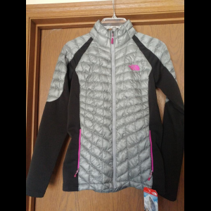 The North Face Thermoball Momentum Hybrid Jacket - Women's S, Like New