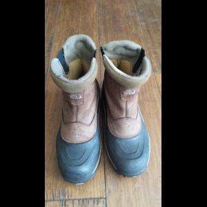 North Face slip on snow boots