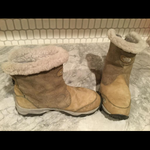 The North Face winter boot, size 8.5