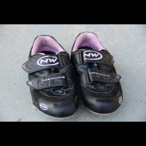 Women's Northwave Eclipse Cycling Shoes Size 39 with Look Cleats
