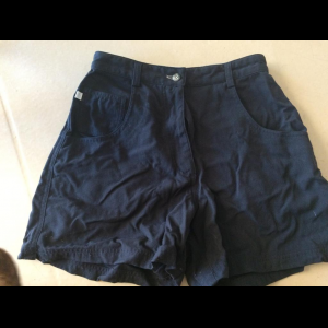 North face shorts size 4