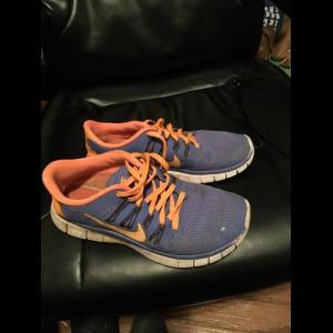 nike free run 5.0 running shoes size 7- Save 32% Off - Nike Free Run 5.0 Running Shoes Size 7