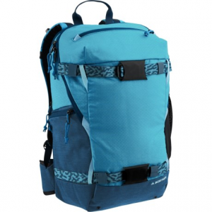 photo: Burton Riders 22L Pack winter pack
