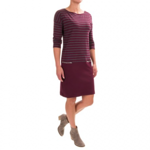 joan vass striped dress - boat neck, long sleeve (for women)- Save 58% Off - CLOSEOUTS . Striped up top and a flattering, solid black below, this loose-cut Joan Vass striped dress is a total winner in the better-casual dress category. Available Colors: BLACK CARBON, BLACK/EGRET, PEBBLE CARBON, BURGUNDY CARBON. Sizes: 0, 1, 2, 3, 1X, 2X, 3X.