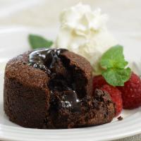 French Chocolate Lava Cake - Frozen - 18 cakes (3.35 oz ea)